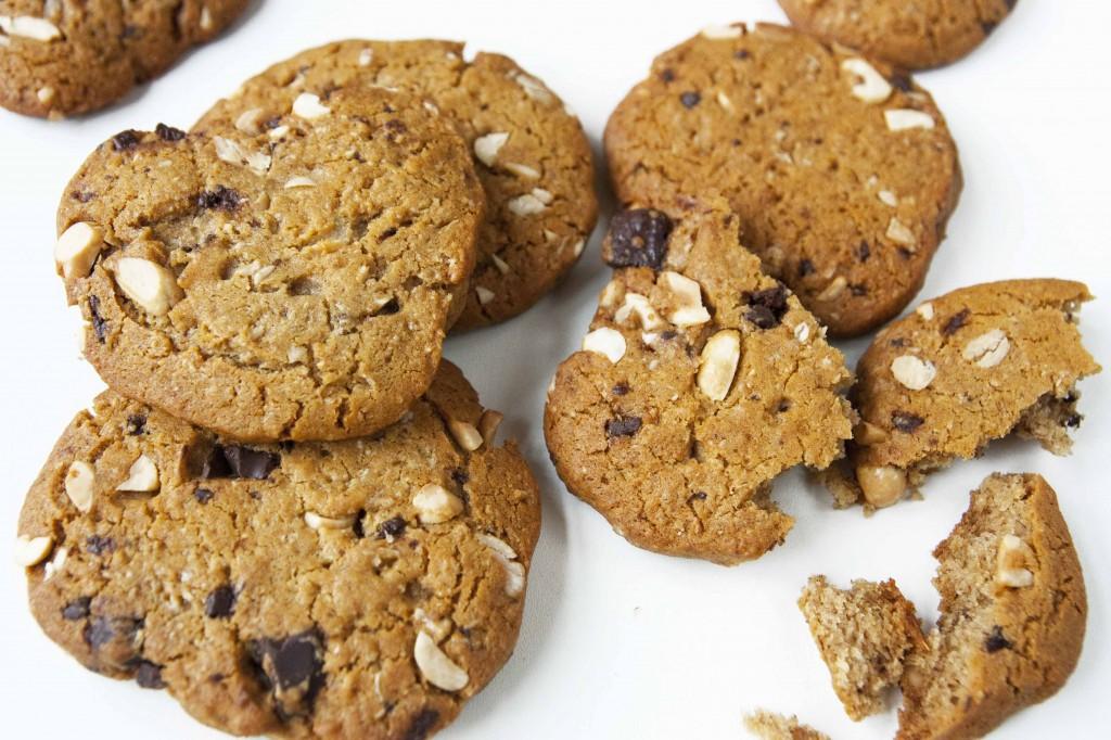 Cookies med banan, peanøtt og sjokolade